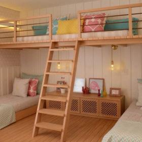 Ý tưởng thiết kế giường và khu sinh hoạt chung khi nhiều người cùng chung sống và chia sẻ không gian trong căn hộ nhỏ