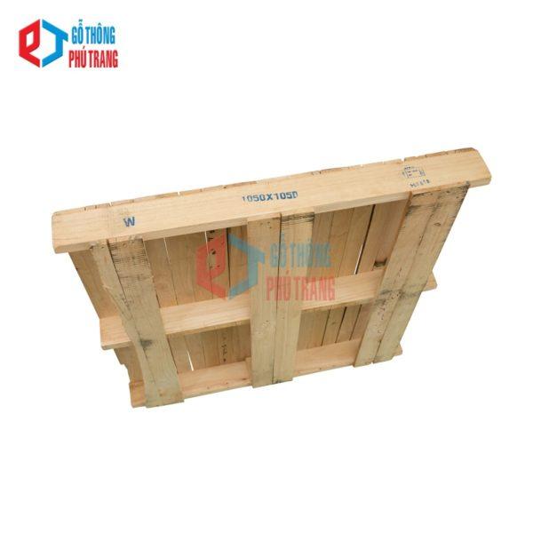 pallet gỗ thông 105cm x 105cm