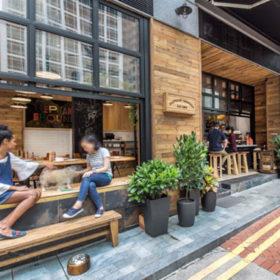 Mê mẩn với quán café thiết kế sáng tạo bằng gỗ thông với không gian mở ấn tượng tại Hồng Kông