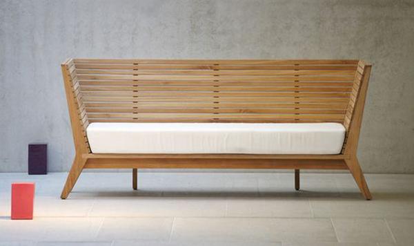 Sofa gỗ xịn sò được làm hoàn toàn từ gỗ thông được yêu thích nhất