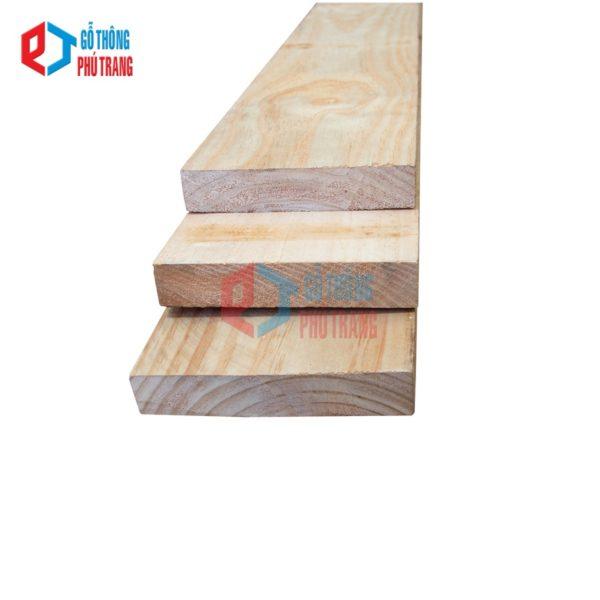 gỗ thông nhập khẩu 40mm x 200mm