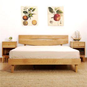Mẫu thiết kế giường đôi mảnh mai, tinh tế, sang trọng