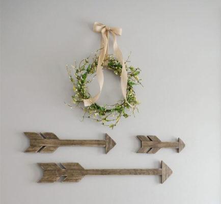 Mũi tên trang trí làm từ gỗ pallet